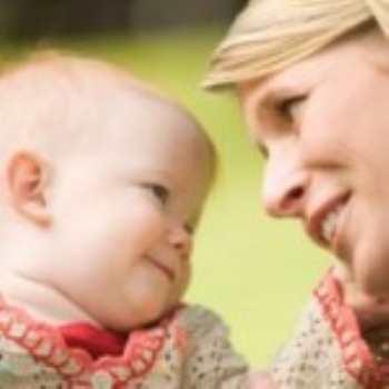 Сюсюкание с ребенком: да или нет?